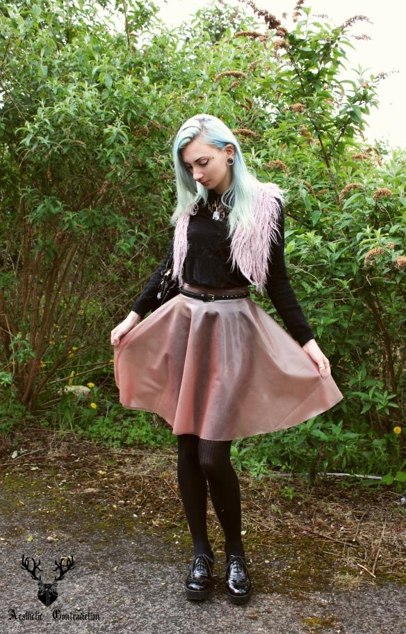 skirt open